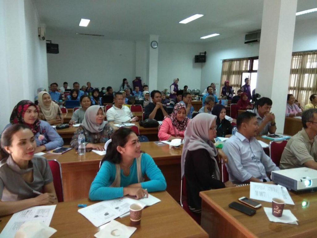 Nara Sumber P3AI dan PerP4RI Dalam Pelatihan Pendidik Di Islamic Center Bekasi (IV)